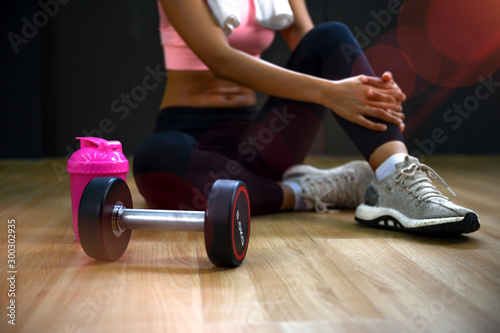 Canvastavla  Steel dumbbell stay along with healthy woman, being for exercise for less weight