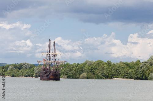 Cuadros en Lienzo Tall ship El Galeon sailing on the Seine River, Armada 2019, Normandy, France