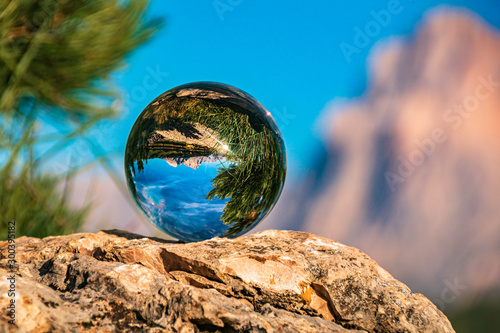 Foto auf AluDibond Blau Crystal ball alpine evening landscape shot at the famous Seiser Alm, South Tyrol, Italy