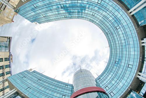Photo Cité mondiale en forme de fer à cheval vitré à Bordeaux, France, Europe