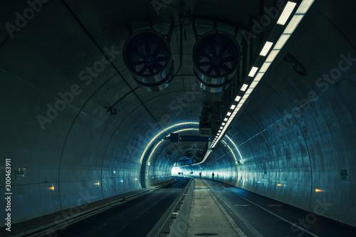 Stampa su Tela in the tunnel de la croix rouse