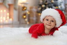 Little Baby Wearing Santa Hat ...