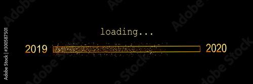 Fotografía  2020 loading, gold glitter progress bar on black background, new year panoramic