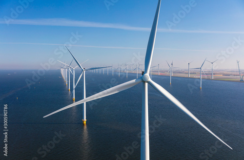 Fotografía Aerial view of wind turbines at sea, North Holland, Netherlands