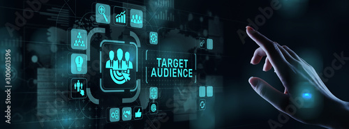 Foto Target audience customer segmentation marketing strategy concept on virtual screen