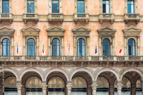 Fototapety, obrazy: MILAN, ITALY - May 29, 2018: antique city building in Milan, italy
