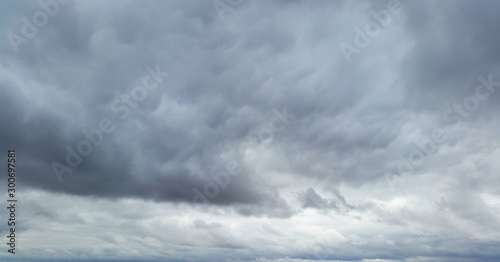 Obraz gloomy sky with dark clouds - fototapety do salonu