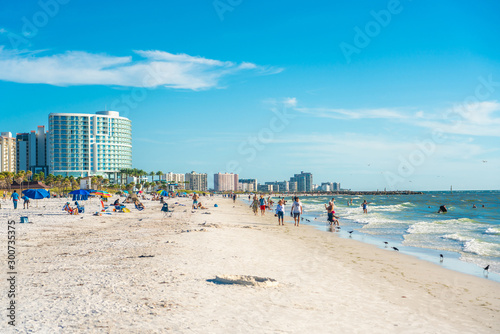 Foto auf AluDibond Blau Clearwater beach, Florida, USA - September 17, 2019: Beautiful Clearwater beach with white sand in Florida USA