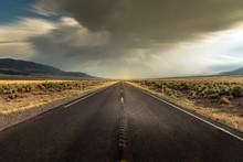 Long Straight Road In Utah Wit...
