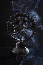 Hindu God Nataraj / Shiva Danc...