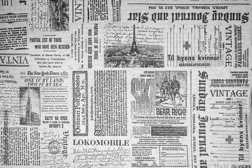 Cuadros en Lienzo KHARKIV, UKRAINE - September 21st, 2019: Monochrome background, old newspaper st