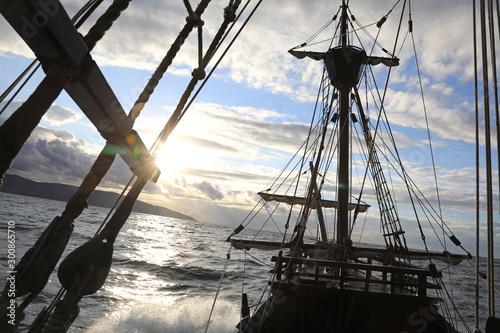 Photo barco antiguo réplica navegar nao victoria elcano 4M0A0697-as19