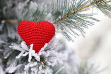 Christmas Heart, Red Knitted S...