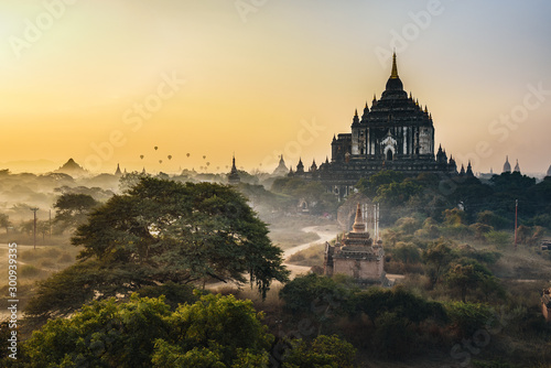 Scenic sunrise above Thatbyinnyu temple in Bagan, Myanmar Canvas Print