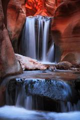 Panel Szklany Wodospad Stunning canyon landscape in the Utah desert, USA.