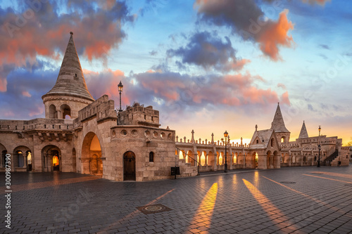 Montage in der Fensternische Budapest Budapest, Hungary - Beautiful autumn sunrise at Castle district and Fisherman's Bastion with warm sunlight and orange and blue sky and clouds