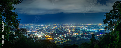 Foto auf Leinwand Blaue Nacht City night from the view point on top of mountain , Chiang mai ,Thailand