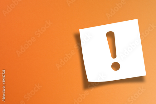 Note paper with exclamation mark on orange background Canvas Print