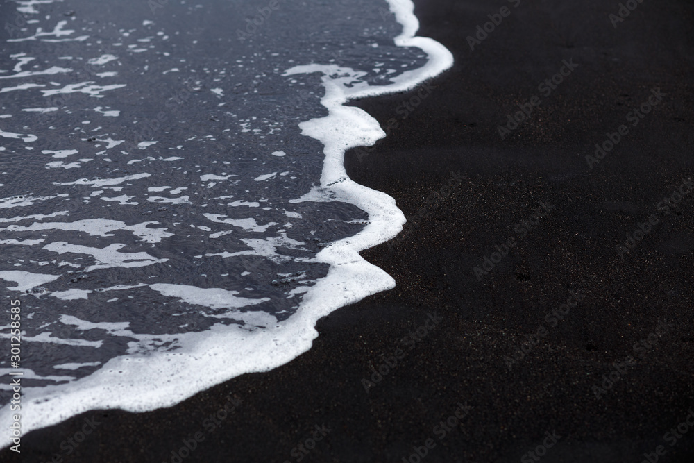 Fototapety, obrazy: Ocean wave at black sand beach in Iceland. Nature background