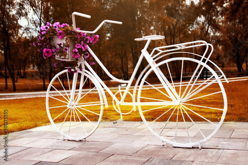 Papiers peints Velo bike as a decoration of flower beds. Bicycle flower. retro style
