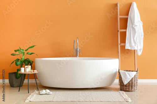 Fototapeta Modern bathtub in stylish interior obraz
