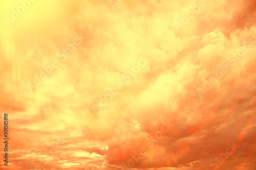 fototapeta na ścianę sunset sky background / blurred abstract texture summer sky at sunset