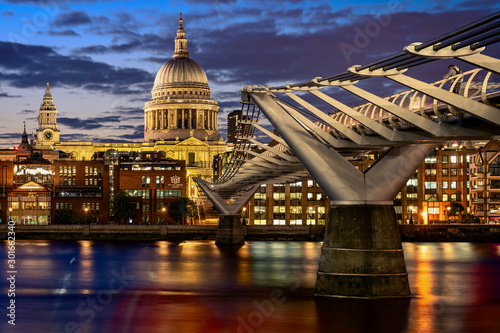 St Paul's Cathedral at Dusk Wallpaper Mural