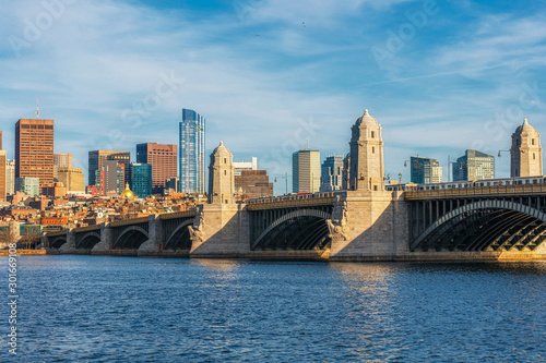 Obraz Longfellow Bridge over the charles river at the evening time, USA downtown skyline, United states of America, Architecture and building with transportation concept - fototapety do salonu