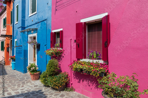 In de dag Roze Panoramic view of brightly coloured homes of Burano