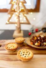 Christmas Baking - Fruit Mince...