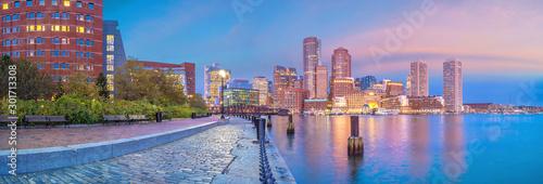 Fotografia, Obraz Boston Harbor and Financial District at twilight, Massachusetts