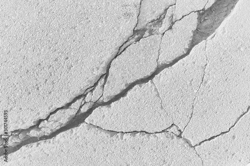 Fotomural crack on the ground white background / abstract white vintage background broken
