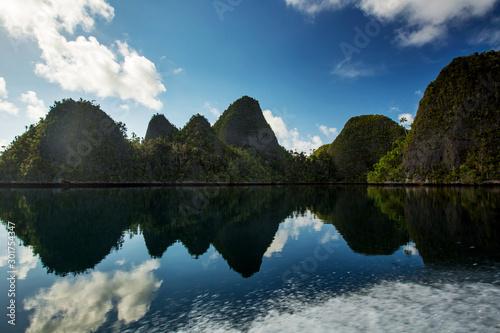 Fotografía Picuresque landscape Wajag island, Raja Ampat, Indonesia