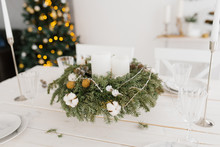 Christmas Wreath With White Ca...
