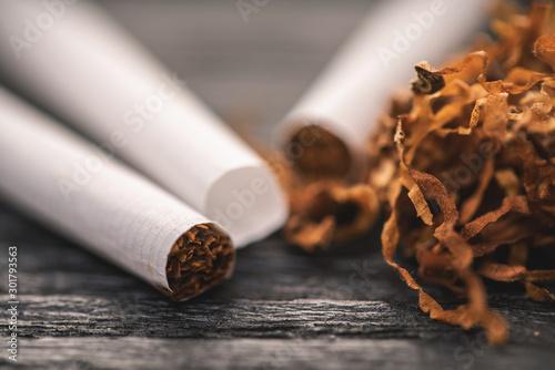 Obraz cigarettes and tobacco - fototapety do salonu