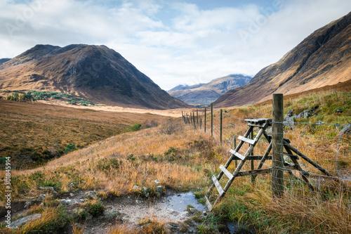 Glen Etive trail Canvas Print