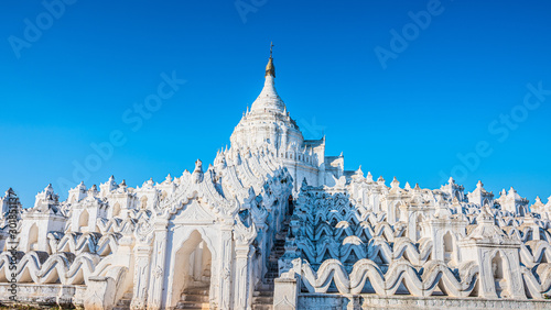 Tourist in Myanmar visits The Hsinbyume Pagoda in Mingun Wallpaper Mural