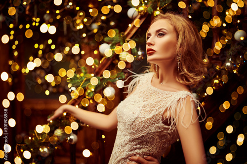 Photo Stands Akt woman on xmas party