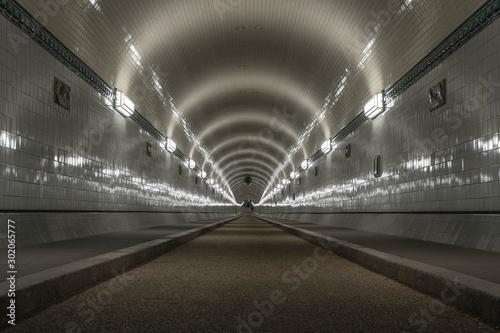 Obraz na plátne  Historic tunnel in Hamburg.