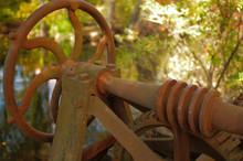 Abandoned Water Gate Wheel Clo...