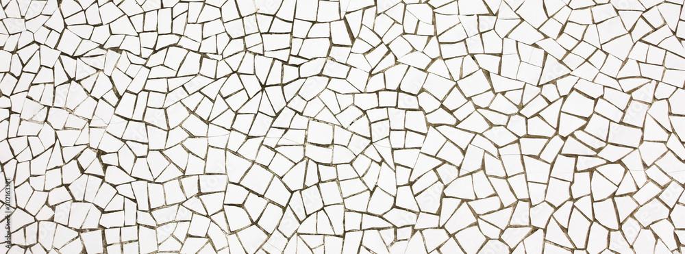Fototapeta Mosaïque blanche en carrelage cassé