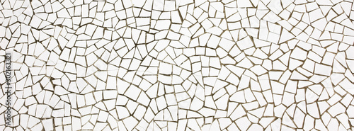 Obraz Mosaïque blanche en carrelage cassé - fototapety do salonu