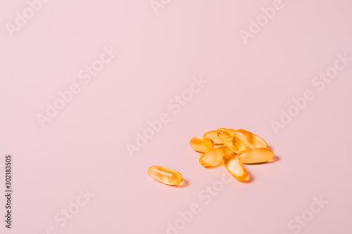 Fotografia, Obraz Pills on pink table