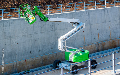 Photo Self-propelled aerial platform Articulated with diesel engine used in the constr