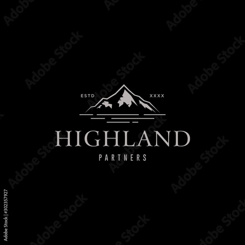 Fototapeta Highland mountain logo design vector illustration obraz