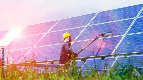 Cuadros en Lienzo  Solar panel, alternative electricity source - concept of sustainable resources,