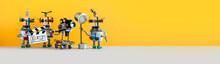 The Film Crew Robots Shoots Mo...