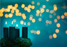 Vier Brennende Weihnachtskerze...