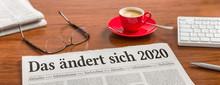 Zeitung Auf Schreibtisch - Das...