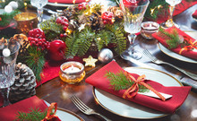 Christmas Holidays Table Setti...